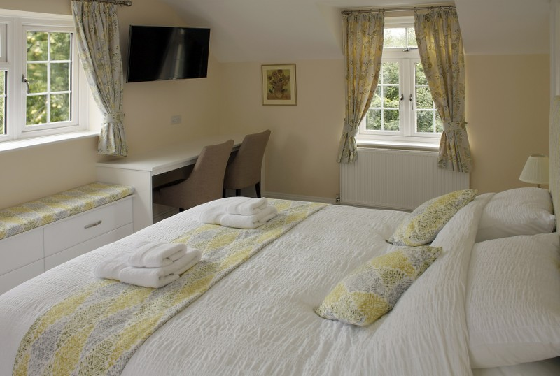 Dancers Double Room at The Anchor Inn Oldbury